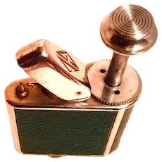 Circa 1930 Ronson's Perfu-mist - Purse Perfume Atomizer in GREEN