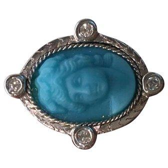 Cameo ring, 18-karat white gold, turquoise stone