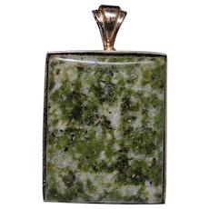 Vintage moss Agate pendant set in solid 14kt gold