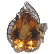 Vintage estate 14kt gold ring with a rich colored Citrine and accent diamonds
