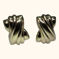 Italian 14kt gold earrings, nice swirl design