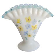 Fenton Aqua crest ruffle vase, hand painted blue and yellow flowers, excellent condition