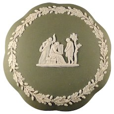 Vintage olive green Wedgwood covered candy dish very nice condition