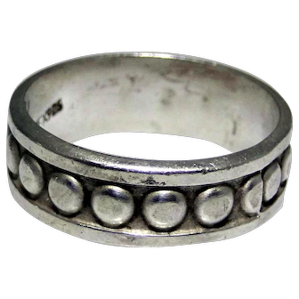 Vintage sterling silver band ring from Mexico, size 14.25