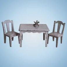 Adorable Vintage Cast Iron Miniature Cast Iron Dollhouse Table & Chairs
