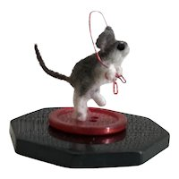 Tiny Hand Needle-Felted Mouse Jumping Rope Vintage Buttons