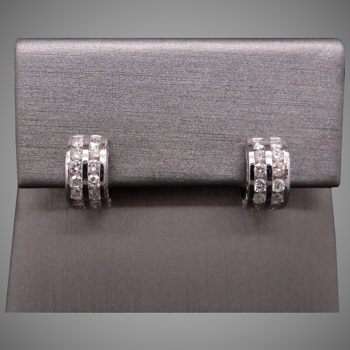 14k White Gold 84ct Round Cut Diamond Hoop Huggie Earrings For Child Or Small Ear Lobes