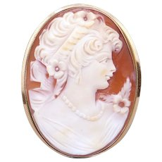 Vintage 14k Yellow Gold Oval Carved Shell Cameo Woman Portrait Pendant Brooch Pin Pendant