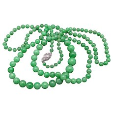 Magnificent Platinum Apple Green Jade 4mm 9.5mm Graduated Necklace 35 inch Diamond Clasp