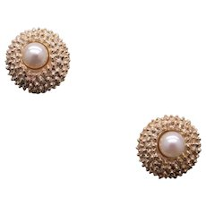 Retro 14k Yellow Gold Round White 6.5mm Cultured Pearl Stud Earrings for Non Pierced ears