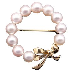 Mikimoto 18k Yellow Gold Round Cultured Pearl Cluster Circle Ribbon Wreath Brooch Pin