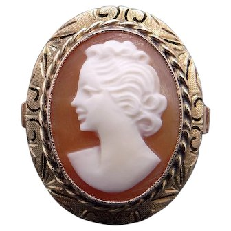 14k Yellow Gold Oval Shaped Carved Woman Profile Shell Cameo Ring Size 7.25