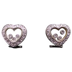 18k White Gold Round Cut Floating Diamond Heart Stud Earrings Halo Non Pierced