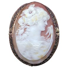 Large 14k Yellow Gold Oval Carved Shell Cameo Woman Portrait Brooch Pin Pendant