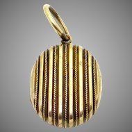 Victorian 10k Yellow Gold Picture Locket Charm Pendant