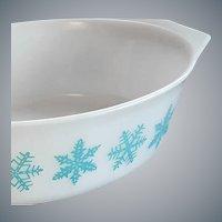 1956 Pyrex Turquoise Snowflake on White Casserole