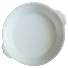 Vintage Pyrex Milk Glass Pie Plate Fluted with Handles 8 -1/2 Inch 228