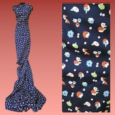 3 Plus Yards of Vintage Sewing Fabric Floral Print