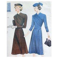 Vintage Vogue 1939 Dress Sewing Pattern US Size 14