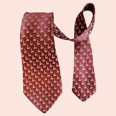 Early 1940s Men's Necktie High End Fabric
