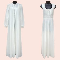 Vintage Nightgown and Peignoir 1940s Med. Wedding