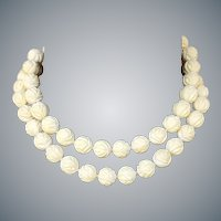 1930s Necklace Cream Celluloid or Galalith Flower Beads