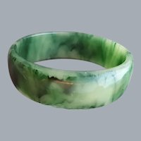 Wide Marbled Green and Cream Bakelite Bangle