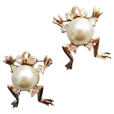 Vintage Faux Pearl Belly Frog Scatter Pins