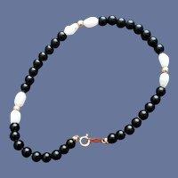 14k Pearl Onyx Bead Bracelet Size Small