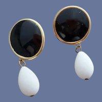 Pierced Earrings Black Button and White Teardrop