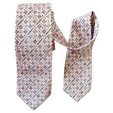1960s Narrow Necktie Iconic Black and Pink Silk