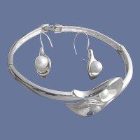 Art Nouveau Style Calla Lilly Parure by Avon Bracelet Earrings