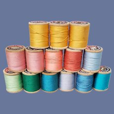 15 Wooden Spools Vintage Cotton Sewing Thread 1950s-1960s