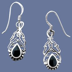 Sterling Silver Pierced Earrings Ethnic Design 3 Grams