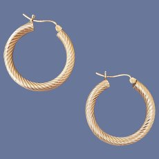 14k Yellow Gold Pierced Earrings Swirled Hoops 3.7 Grams
