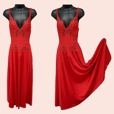 Gorgeous Red Olga Nightgown Size Large Luscious Lingerie