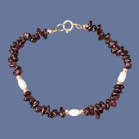 Real Garnet Bracelet with Faux Pearls Gold Tone Beads 1979