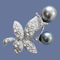 Elegant Vintage Brooch Faux Gray Pearls and Rhinestones