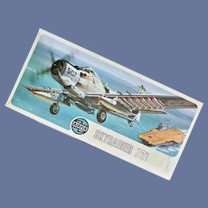 Unopened Model Airplane AIRFIX SKYRAIDER 1/72 Scale Kit