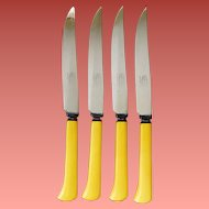 4 Vintage Bakelite Handled Steak Knives Sharp Stainless Blades