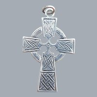 Sterling Silver Celtic Cross Pendant 3.8 Grams