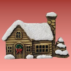 Christmas Brooch Country Cabin with Wreath