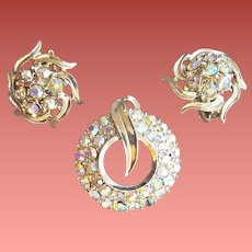1950s Aurora Borealis Rhinestone Parure Brooch Earrings