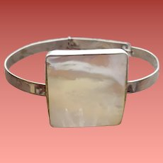 Exquisite Bracelet MOP and Spring Sterling Silver