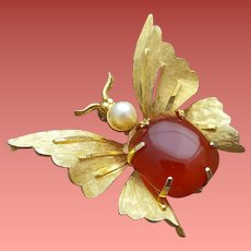 Butterfly Brooch Pearl Head Carnelian Agate Body Gold Tone Wings