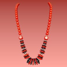 1970s Necklace Red and Black Discs and Beads