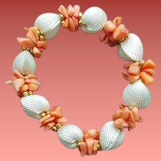 Summer Stretch Bracelet Coral Shell with Faux Clam Shells