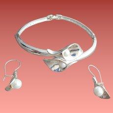 Bracelet with Pierced Earrings Calla Lily Parure