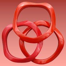 Red Wavy Hard Plastic Bangle Bracelets Set of 3
