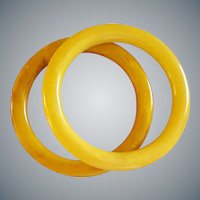 Two Bakelite Bangle Bracelets Marbled Yellow to Butterscotch
